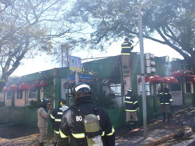 incendio churrascaria 10-08-15 2